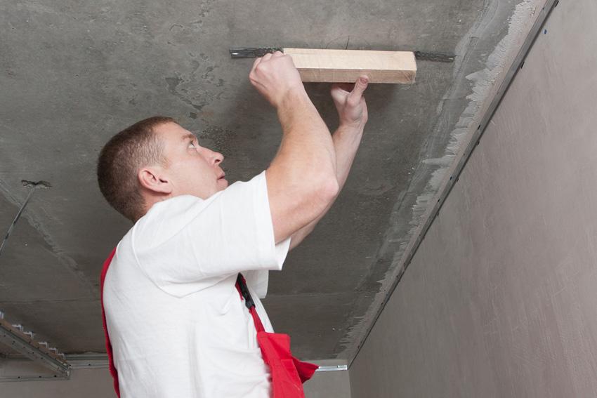 Натянуть натяжной потолок своими руками